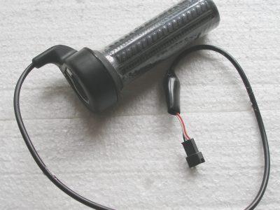 Manopola acceleratore potenziometro 3 fili attacco femmina