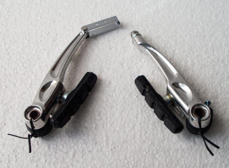 freni anteriori alluminio con pattini