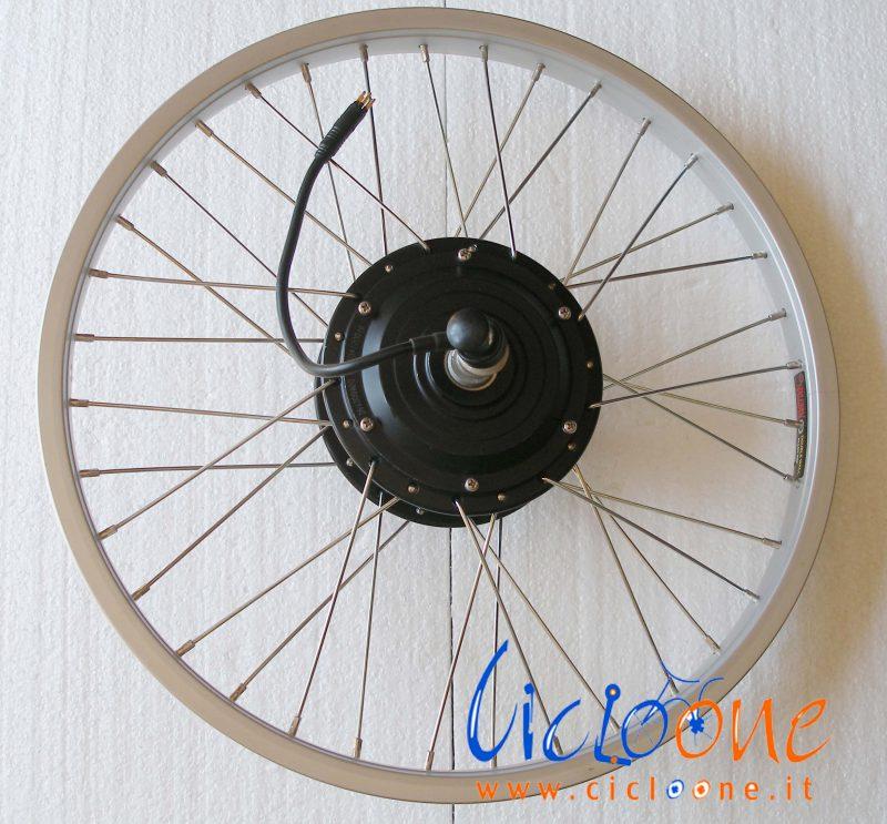 Motore Bafang 8Fun montato su cerchio