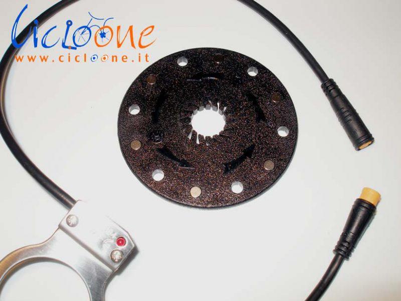 sensore di pedalata 12 magneti connettore waterproof